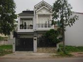 Cho thuê biệt thự Song Hành quận 2 . DT: 200 m2 Nhà trệt, 2 lầu, 3 PN. Giá thuê: 4.000 USD